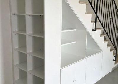armario hueco escalera libreria decuore