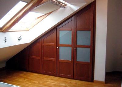 armario medida abuhardillado madera dormitorio clasico madera granada
