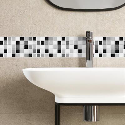 ¿Cómo colocar cenefas adhesivas en la cocina o el baño?