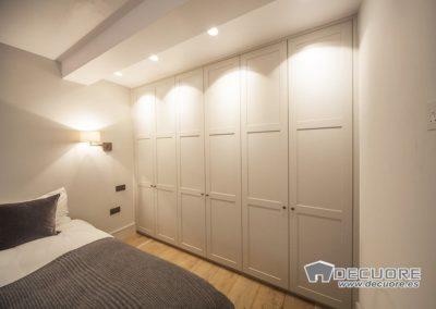 armario blanco empotrado a medida dormitorio granada