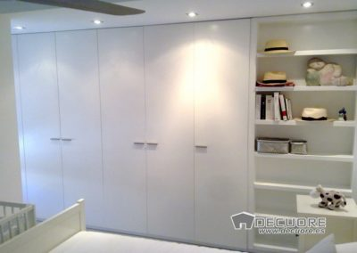 armario blanco granada a medida con libreria