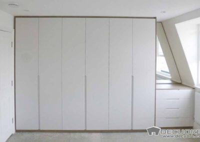 armario medida guardilla abuhardillado lacado tirador puerta diseño elegante granada