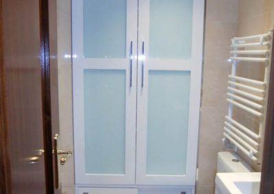 armario para el baño a medida en granada