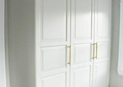 armario-puertas-abatibles-lacado-blanco