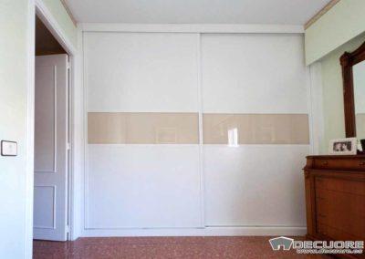armarios puertas correderas blanco y cristal granada