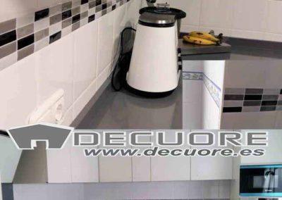 cenefas-para-cocinas-para-tapar-pegadas-resistentes-decuore