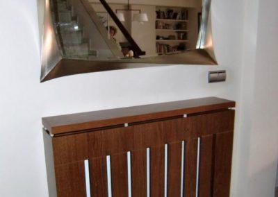 cubreradiador para entrada moderno con espejo