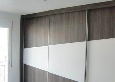 dormitorios matrimonio con armarios con television 2