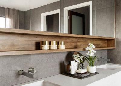 espejo para el baño con estantes camerino granada