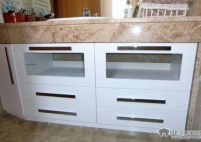 muebles de baño con marmol en granada