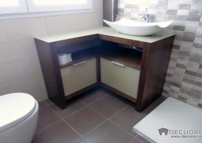 muebles de baño en esquina decuore