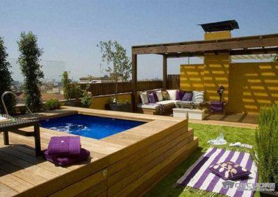 terraza con cesped en granada calidad