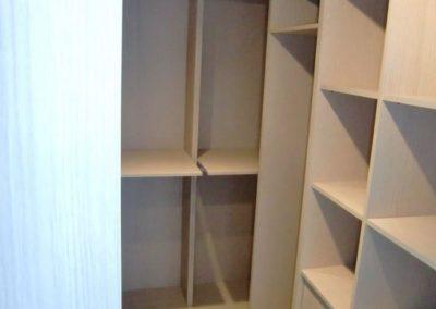 armario vestidor en granada en habitacion