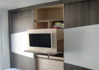 armarios de habitaciones de matrimonio con television
