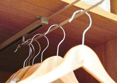 barras extraibles para armario poco fondo