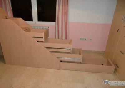 camas tren con escalera de cajones en granada