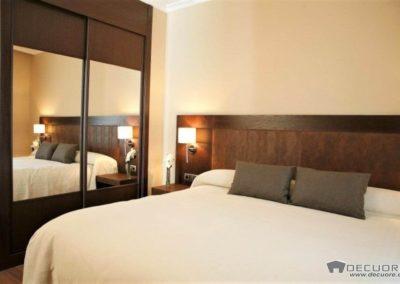 dormitorio matrimonio con espejos decuore granada