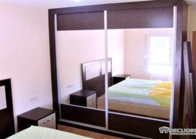 dormitorio matrimononio con espejo granada