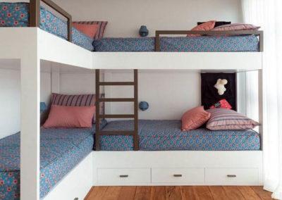 dormitorios con 3 camas en granada a medida
