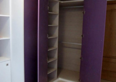 dormitorios con libreria y armarios 2