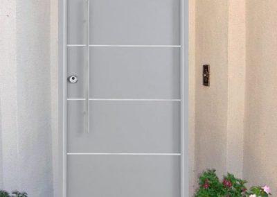 puertas de entradas en granada gris
