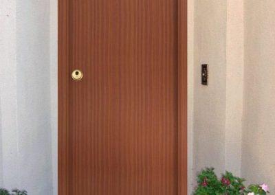 puertas de madera de entrada en granada