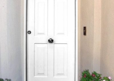 puertas metalicas en granada clasicas